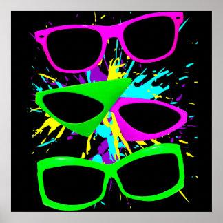 Salpicadura de neón de las gafas de sol del póster