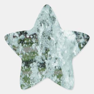 Salpicar el agua de la fuente pegatina en forma de estrella