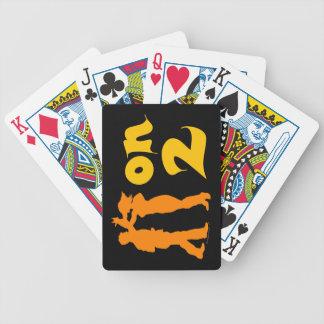 Salsa en dos naipes latinos de los bailarines del baraja cartas de poker