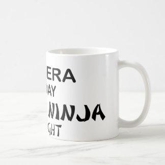 Salsera Ninja mortal por noche Taza De Café