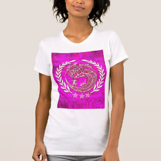 Salt water soothes the soul waves art in pink T-Shirt