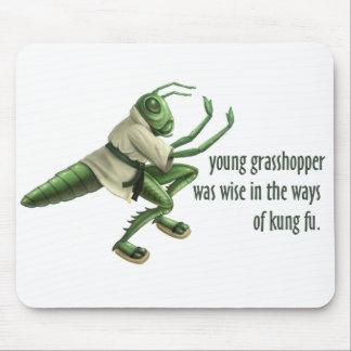 Saltamontes divertido de Kung Fu Alfombrilla De Ratón