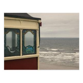 Saltburn-by-the-sea cliff lift postcard