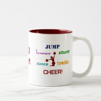Salte la taza de café de la animadora de la desped