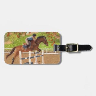 Salto colorido del caballo y del jinete etiqueta para maleta