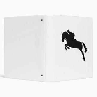 Salto de la demostración del caballo