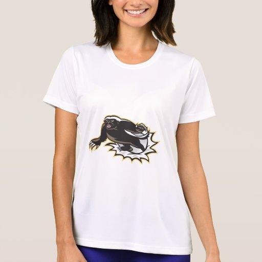Salto de la mascota del tejón de miel camisetas