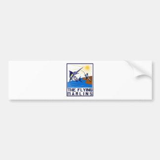 salto de los pescados de la aguja azul etiqueta de parachoque