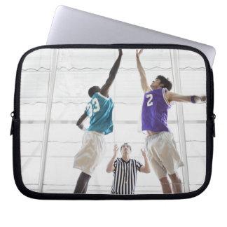 Salto de observación de los jugadores de básquet d manga portátil
