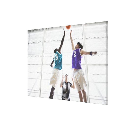 Salto de observación de los jugadores de básquet d impresión en lienzo estirada