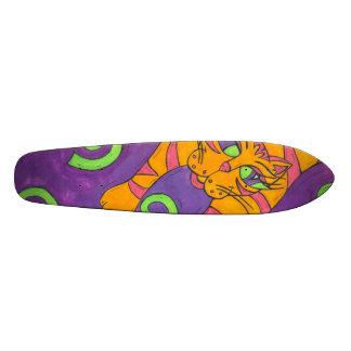 Salto del monopatín del gato patines personalizados