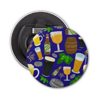 Saltos de la botella de cristal de cerveza y abrebotellas redondo