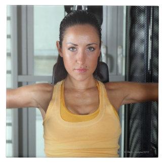 Salud, trabajo del gimnasio y aptitud azulejo cuadrado grande