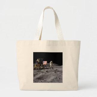 Saludo de Apolo 16 Bolsa