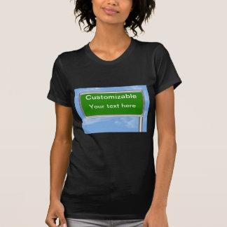 Saludo de la muestra de la carretera - camisetas