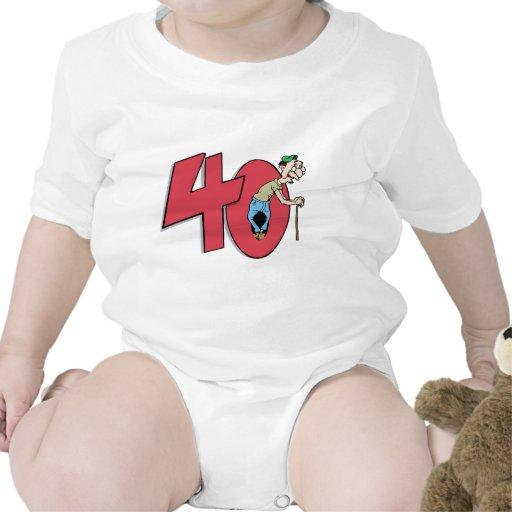 Saludo del cumpleaños de cuarenta - 40 años traje de bebé