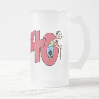 Saludo del cumpleaños de cuarenta - 40 años taza cristal mate
