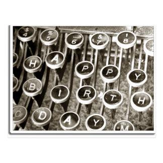 Saludo del cumpleaños de la máquina de escribir de postales