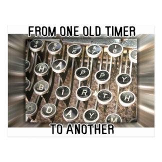 Saludo del cumpleaños de la máquina de escribir postales