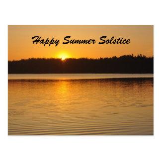 Saludo del solsticio de la puesta del sol postal
