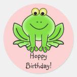 Saludo divertido del dibujo animado del cumpleaños etiqueta redonda