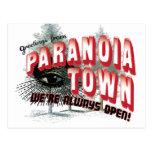 Saludos de la ciudad de la paranoia postal