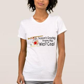 Saludos de la costa oeste que practican surf Santa T Shirt