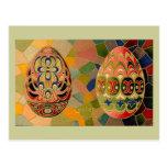 Saludos de Pascua con los huevos pintados Tarjeta Postal