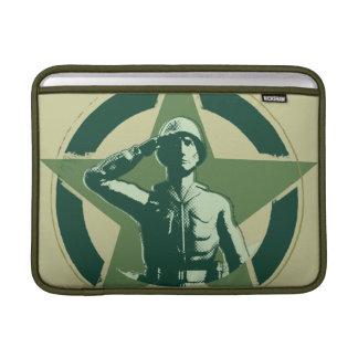 Saludos de Sarge del ejército Funda Para Macbook Air