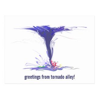 ¡saludos del callejón de tornado! postal