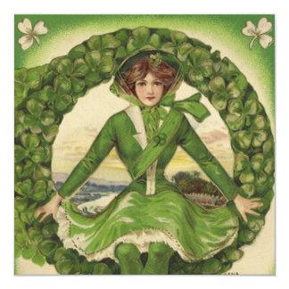 """Saludos del día de St Patrick del vintage, trébol Invitación 5.25"""" X 5.25"""""""