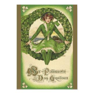 """Saludos del día de St Patrick del vintage, trébol Invitación 5"""" X 7"""""""