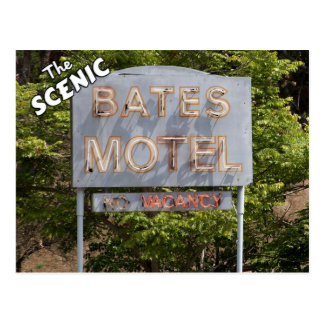 Saludos del motel escénico de Bates Tarjeta Postal
