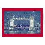 Saludos del puente de la torre/tarjeta de Navidad