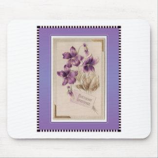 Saludos púrpuras del cumpleaños del Victorian del  Tapete De Ratones