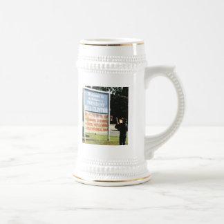 SALUTE TO BILL COFFEE MUG