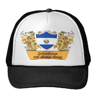 Salvadoreño con clase gorra