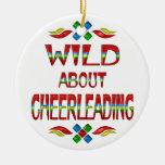 Salvaje sobre animar ornamentos de navidad