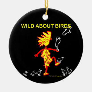 Salvaje sobre diseños de los pájaros adorno navideño redondo de cerámica
