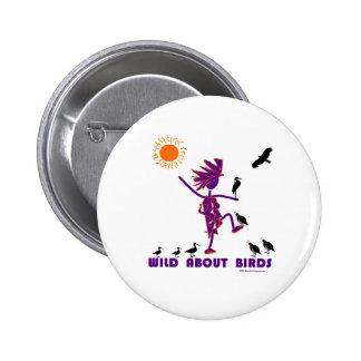 Salvaje sobre pájaros pin