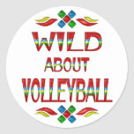 Salvaje sobre voleibol pegatinas redondas