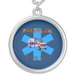 Salvares vidas del paramédico colgantes