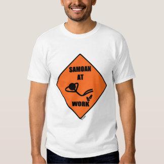 Samoano en el trabajo remeras