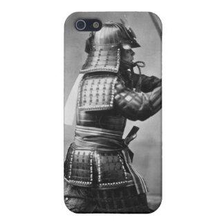 Samurai del vintage con la espada y la daga iPhone 5 funda