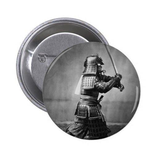 Samurai del vintage con la espada y la daga pins