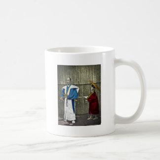 Samurai y criado taza de café