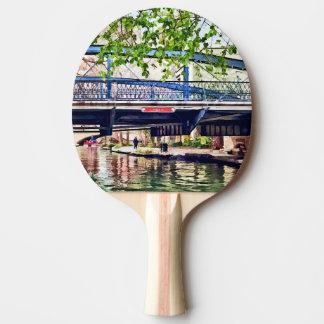 San Antonio TX - Puente en Paseo Del Río Pala De Ping Pong