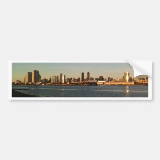 San Diego en la puesta del sol Etiqueta De Parachoque