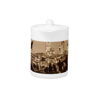 San Gimignano Teapot
