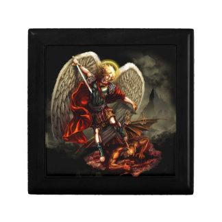 San Miguel el arcángel Joyero Cuadrado Pequeño